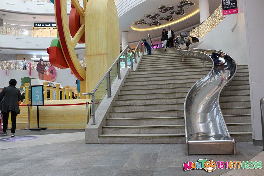 乐图非标游乐+北京枫蓝国际购物中心+不锈钢半圆滑梯-(23)