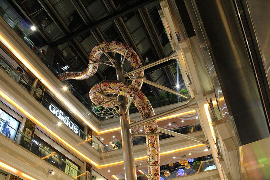 上海巴黎春天不锈钢滑梯案例 (2)