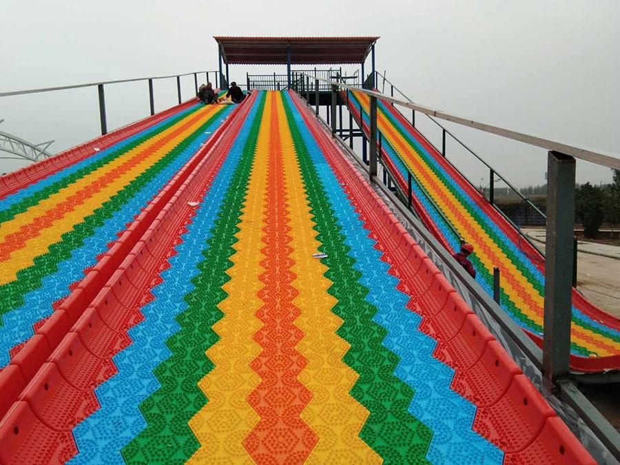 旱雪滑梯+彩虹滑梯 (2)