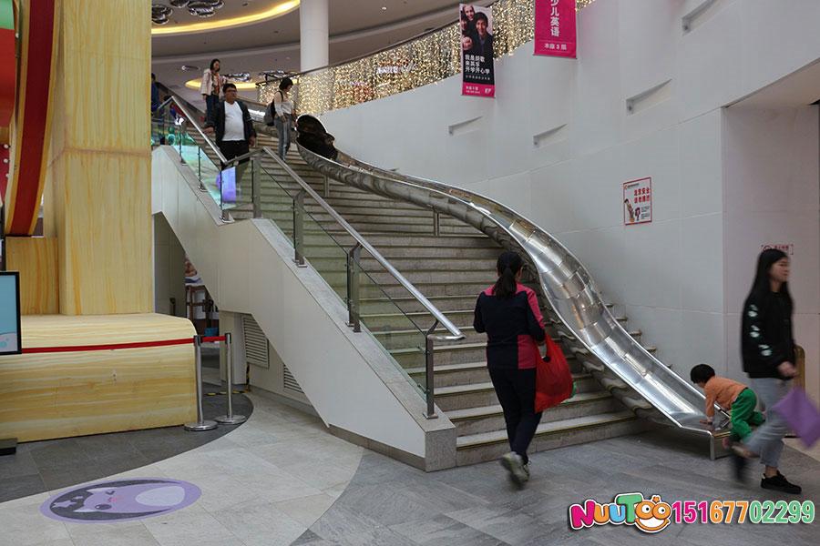 乐图非标游乐+北京枫蓝国际购物中心+不锈钢半圆滑梯-(27)