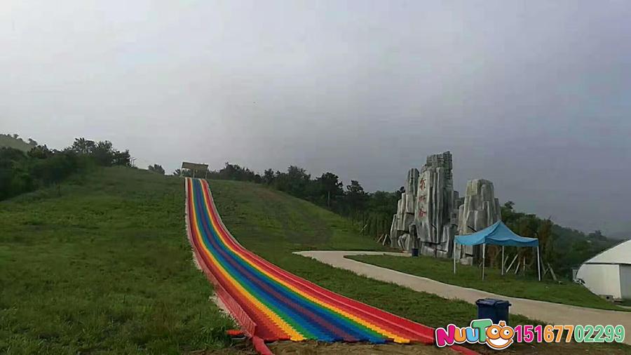 七彩滑道+七彩滑梯+旱雪滑梯+飞跃滑梯-(2)